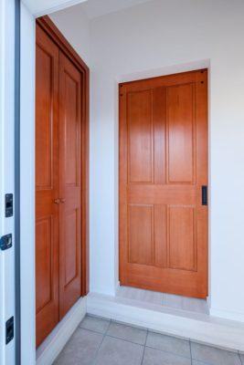 ラストーリア インテリア ドア 画像